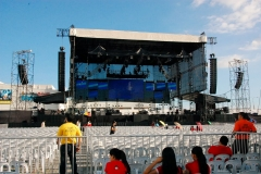 David Cook and Archuleta Large Stage Set-up