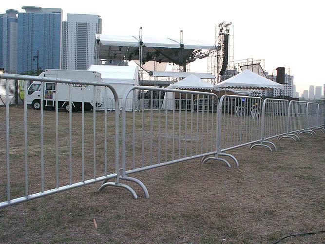 Railing Barricades (2)